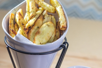 Crispy seasoned fries