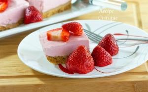 www.recipecritique.com/strawberry banana cheesecake bars