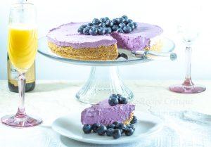 www.recipecritique.com Easy No Bake Blueberry Cheesecake